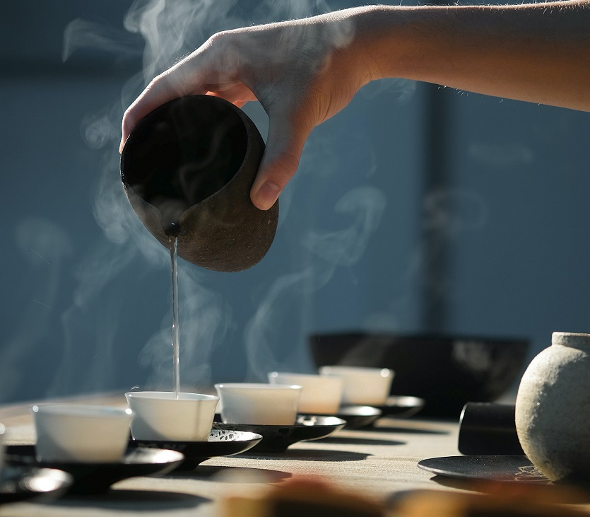 tea-drinking-culture-chanoyu